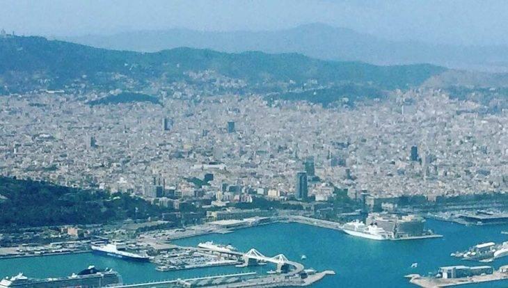 Barcelona vista desde el avión