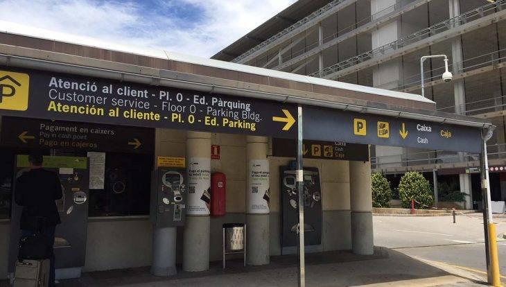 taquilla del aeropuerto de Barcelona Terminal 2