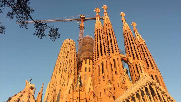 sagrada familia lugar que ver en barcelona